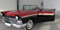 Ford Fairlane Skyliner 14